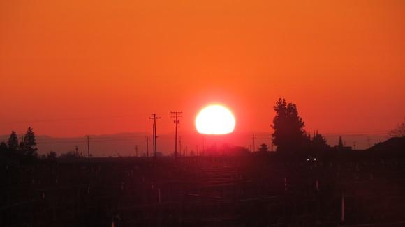 130221 ルート99号線、地平線に沈む真っ赤な太陽_d0288367_11161417.jpg