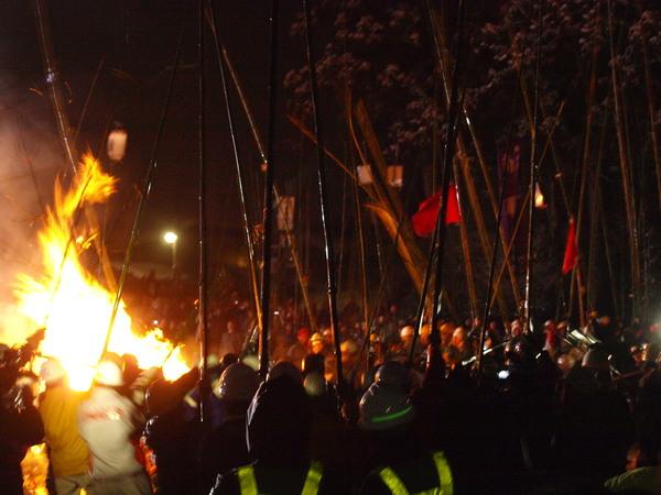 秋田の冬祭り~六郷の竹打ち_a0062869_16573824.jpg