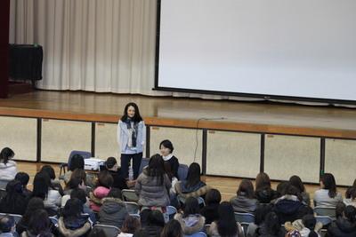 冨永愛アンバサダーの母校にて、いのちの講演_c0212972_16201175.jpg