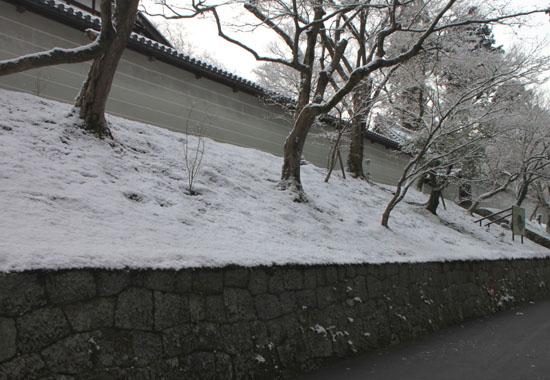曼殊院 雪化粧_e0048413_19494710.jpg