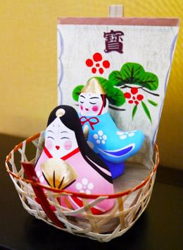 福福しいお顔が愛らしい、張り子のお雛様 : 花とテーブルBlog