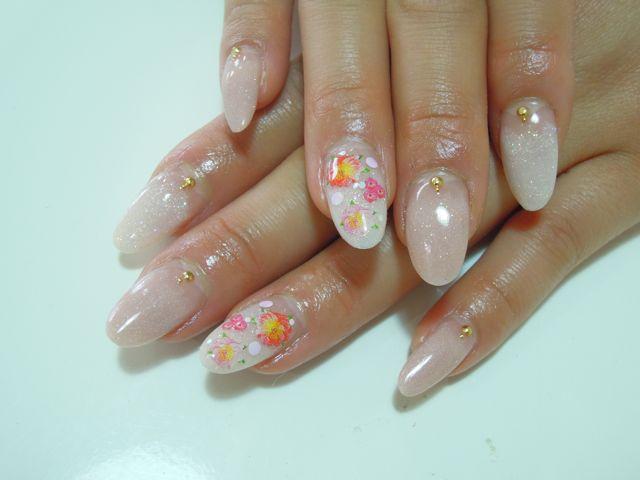 Beige Flower Nail_a0239065_17455887.jpg