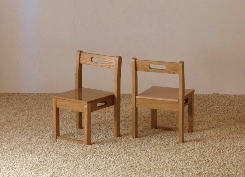 幼児用の椅子(保育園)_c0138410_894391.jpg