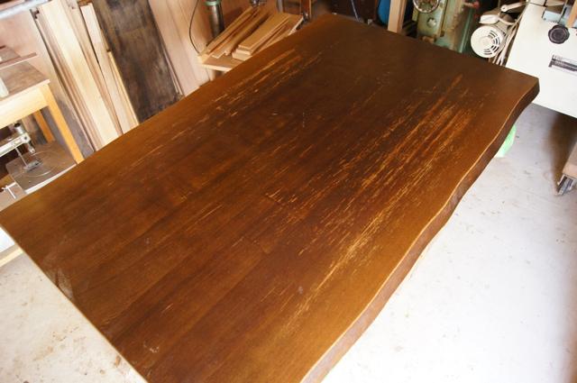 テーブルの塗り直し_a0122528_20515116.png