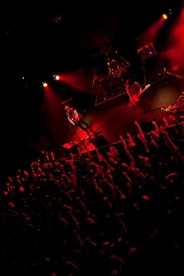 真空ホロウ 自主企画ライヴで新曲「アナフィラキシーショック」初披露!渋谷クアトロでのワンマンも決定_e0197970_187467.jpg