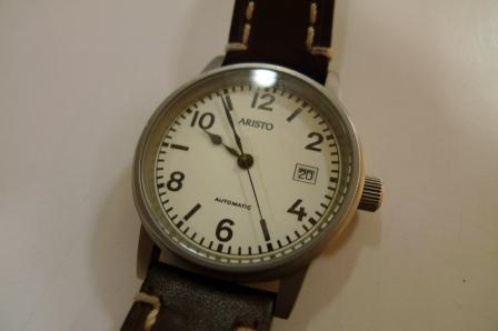 時計ベルトのお手入れ_d0166598_23443175.jpg
