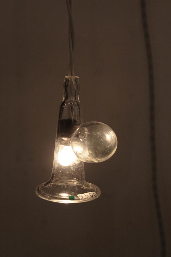 『硝子ラッパ照明』_f0192906_21143786.jpg