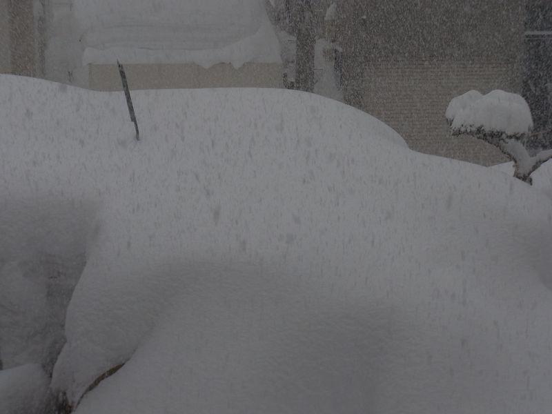 150センチをうかがう東区の積雪記録_c0025115_17563178.jpg