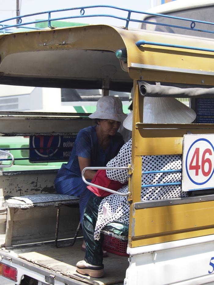 2013 2月 ベトナム ホーチミン (33)  バスに乗ってみる_f0062122_112066.jpg
