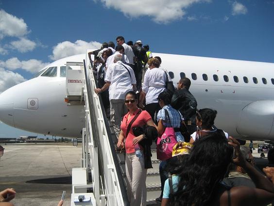 blog;《感謝・報告》キューバ・ツアー2013定員に達しました。_a0103940_23293717.jpg