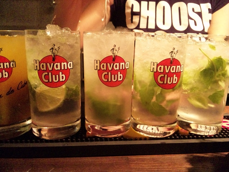 blog;帰り道、ちょっとキューバへ_a0103940_23545222.jpg