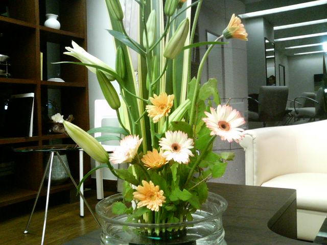 花を飾る_c0273553_1611079.jpg