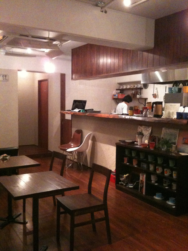 cafe 530_c0273553_1612325.jpg