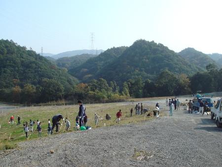 「桜の記念植樹」 in 岬町多奈川地区多目的公園_c0108460_1301710.jpg