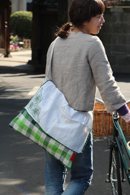 パリ旅バッグ 4 「リネンショルダー」_c0160822_1371898.jpg