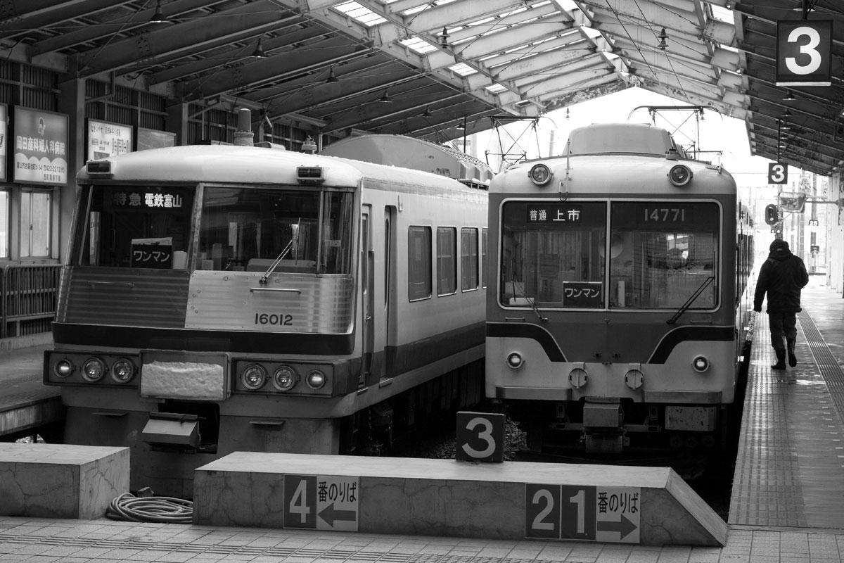 富山駅_b0023523_11245967.jpg