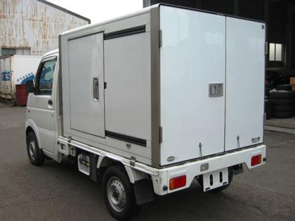 冷凍車と保冷車_f0246424_19165089.jpg