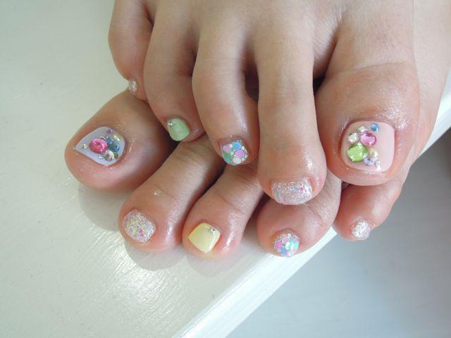 Pastel Foot Nail_a0239065_20415212.jpg