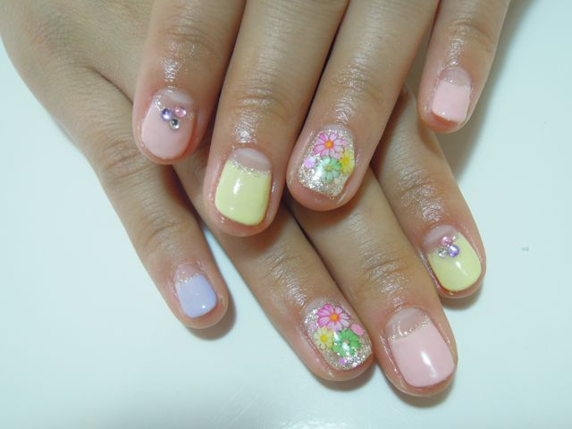 Pastel Flower Nail_a0239065_2047856.jpg