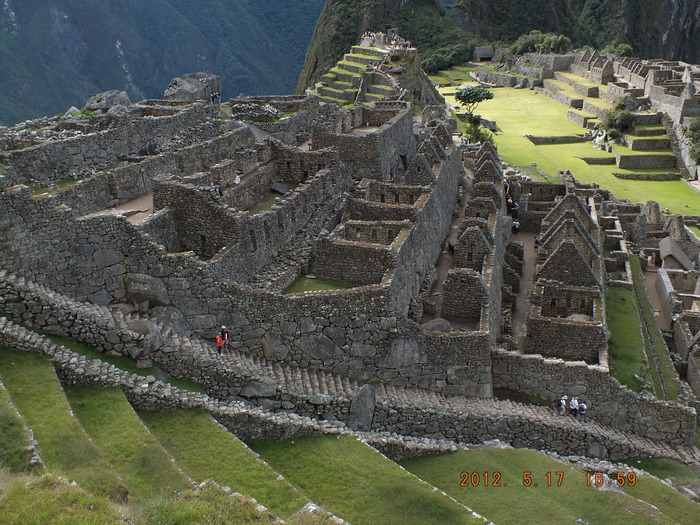 マチュピチュフォトスケッチ-7 石段 Photo Sketch of Machu Picchu-7 Steps After Steps_e0140365_22242632.jpg