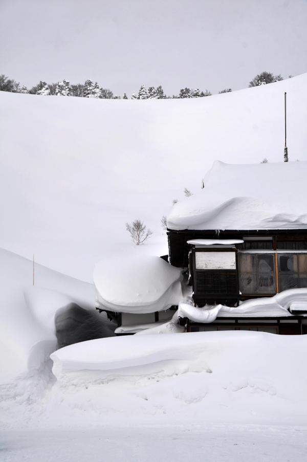 積雪日本一の風景_e0162117_1845462.jpg