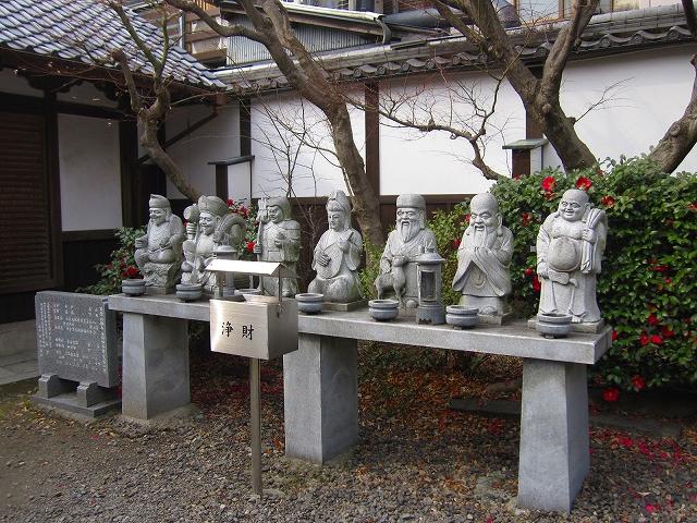 【革堂(行願寺)】(西国19番札所)_e0237645_059629.jpg