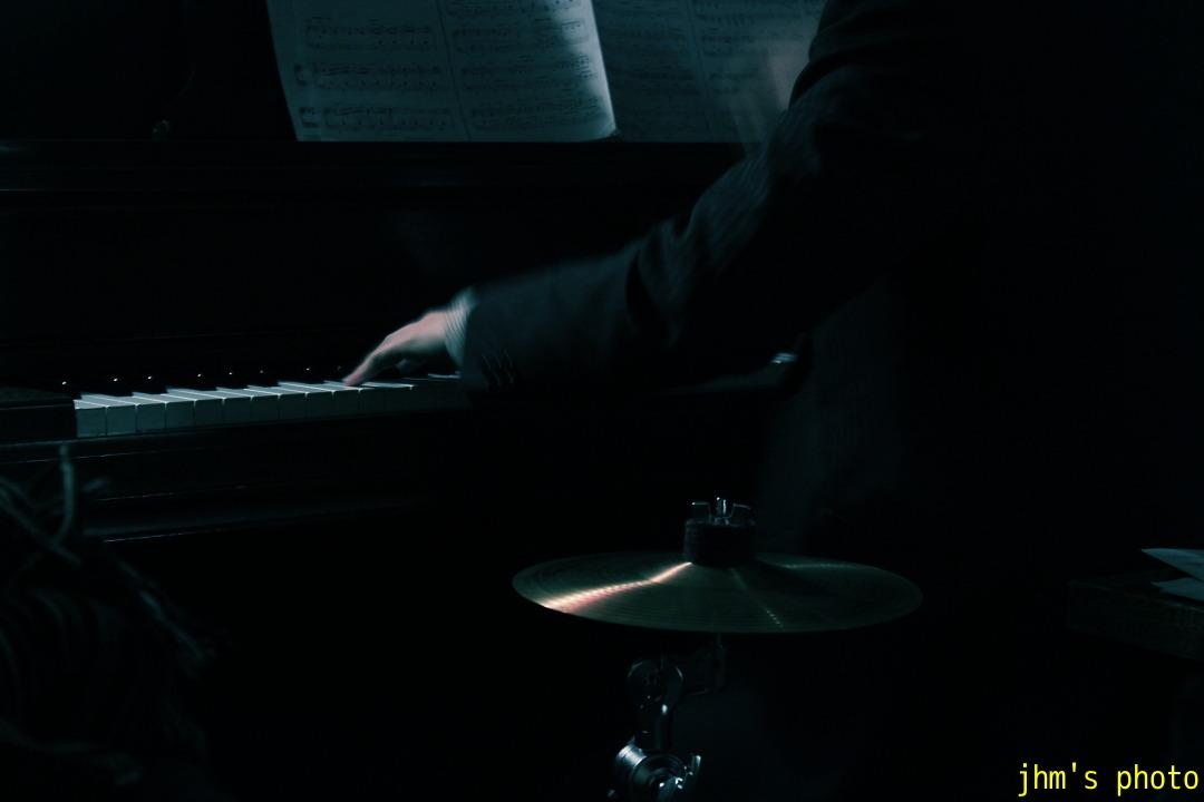ピアニスト、そして・・・・・_a0158797_2331286.jpg