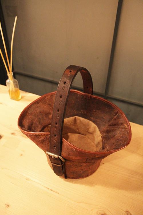『old  leather  re:make  bag』_f0192906_19205157.jpg