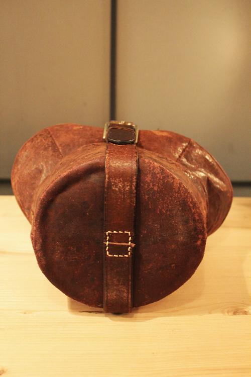 『old  leather  re:make  bag』_f0192906_19211820.jpg