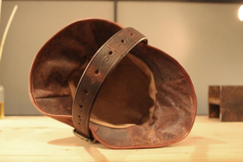 『old  leather  re:make  bag』_f0192906_19213115.jpg