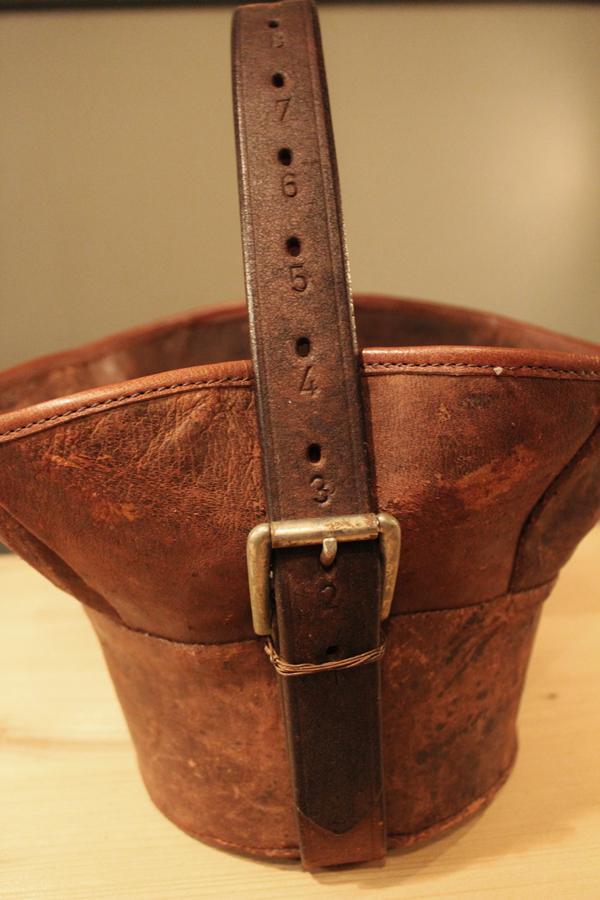 『old  leather  re:make  bag』_f0192906_19214421.jpg