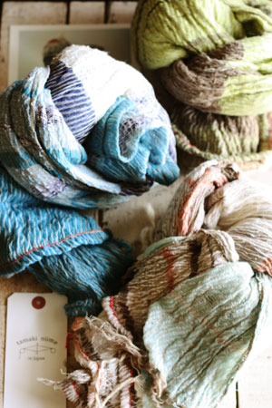 shawl (tamaki niime)_c0118809_21122877.jpg