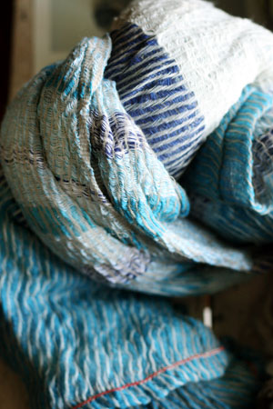 shawl (tamaki niime)_c0118809_21241380.jpg