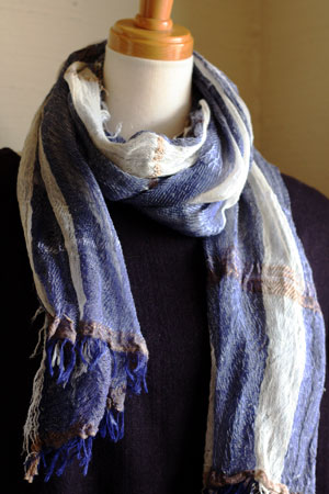 shawl (tamaki niime)_c0118809_21263622.jpg
