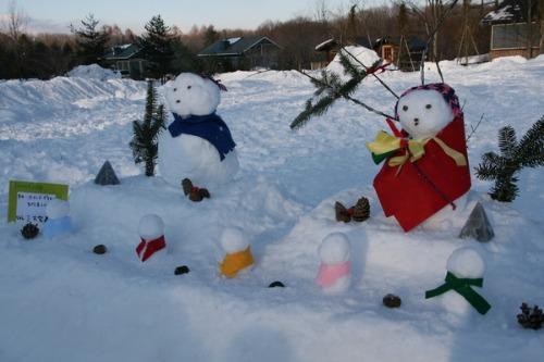 今年最後の雪だるまコンテスト_b0174425_1411624.jpg