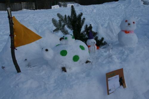 今年最後の雪だるまコンテスト_b0174425_1455643.jpg