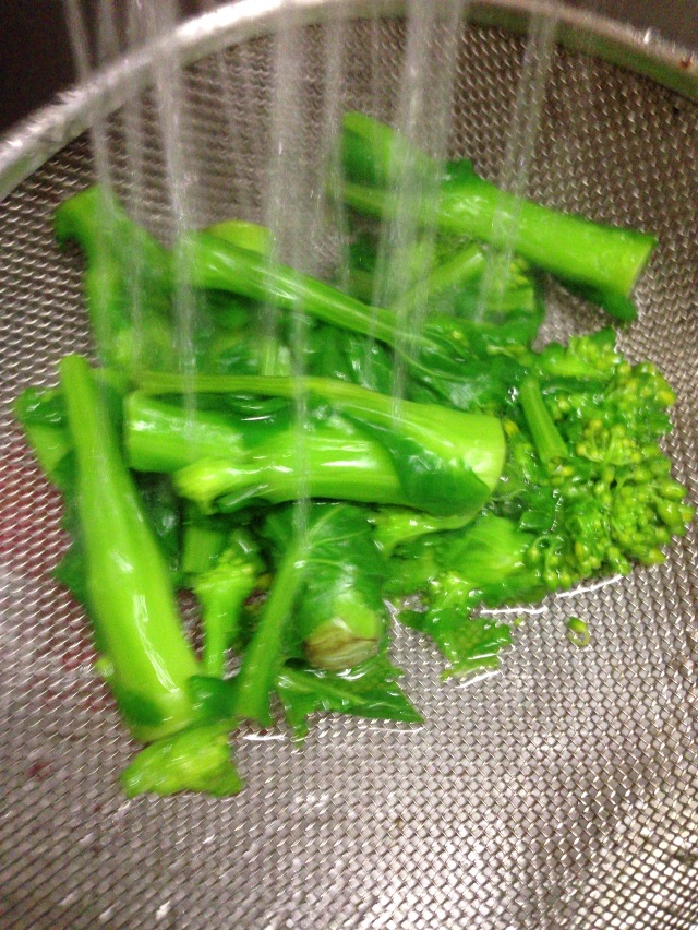 /// 今日のおばんざいは朝野家館主の『カラスミと菜の花・スパゲティ』の簡単レシピです ///_f0112434_20572824.jpg