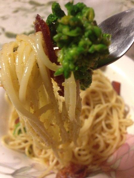 /// 今日のおばんざいは朝野家館主の『カラスミと菜の花・スパゲティ』の簡単レシピです ///_f0112434_2121943.jpg