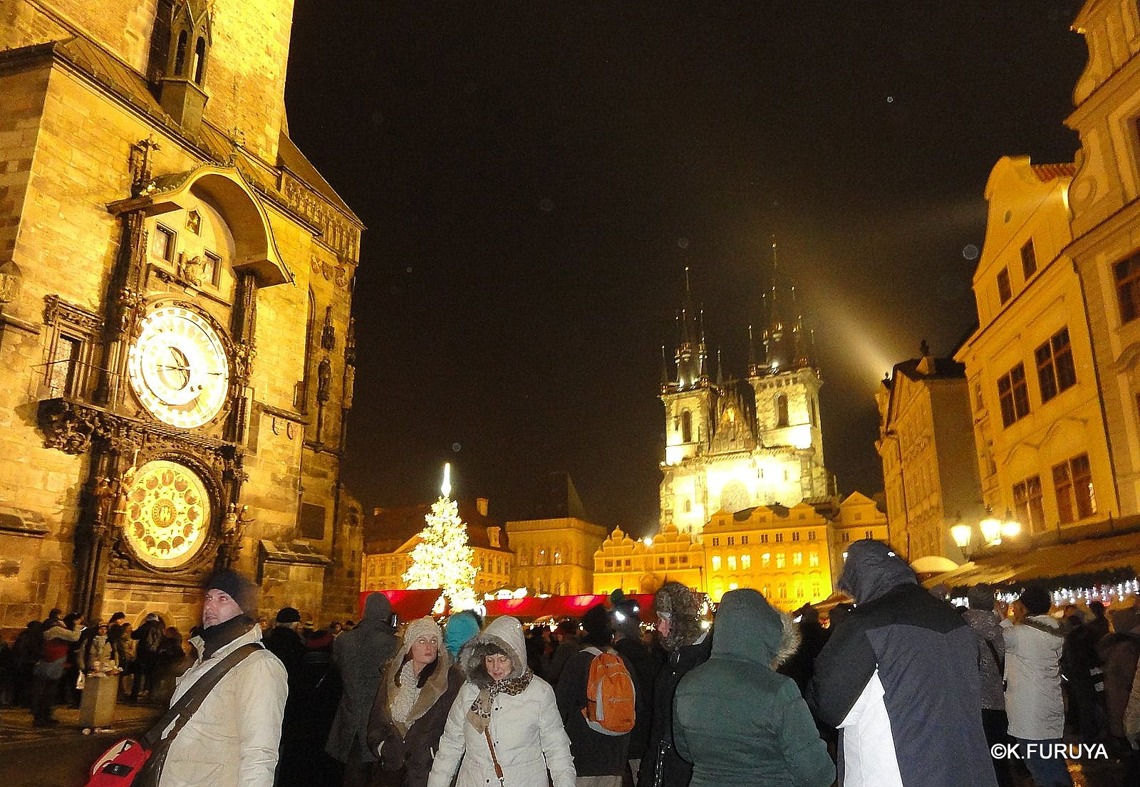プラハ 14 旧市街広場のクリスマスマーケット_a0092659_22262097.jpg