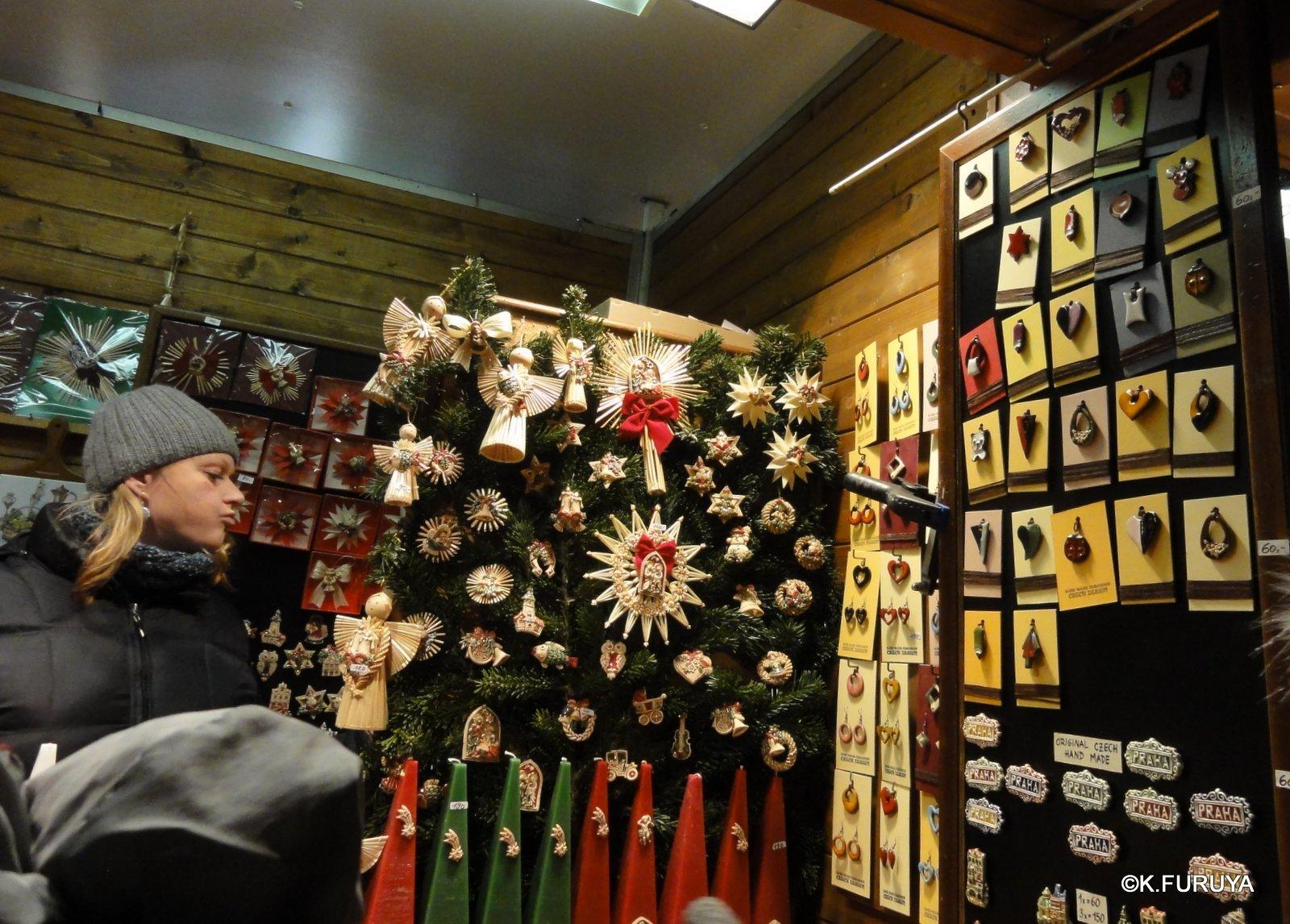 プラハ 14 旧市街広場のクリスマスマーケット_a0092659_2245468.jpg