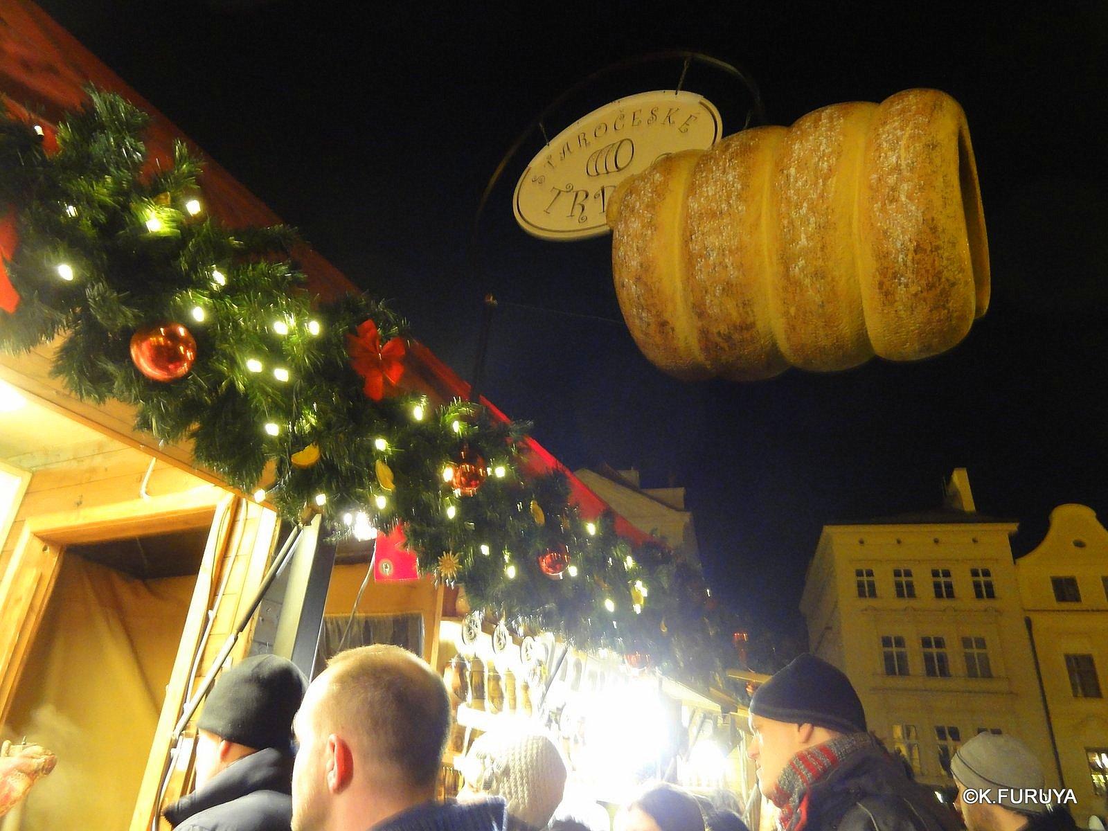 プラハ 14 旧市街広場のクリスマスマーケット_a0092659_22481643.jpg