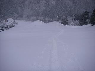 新雪湧谷山_e0064783_20461247.jpg