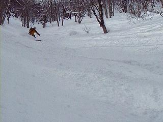 新雪湧谷山_e0064783_20483199.jpg