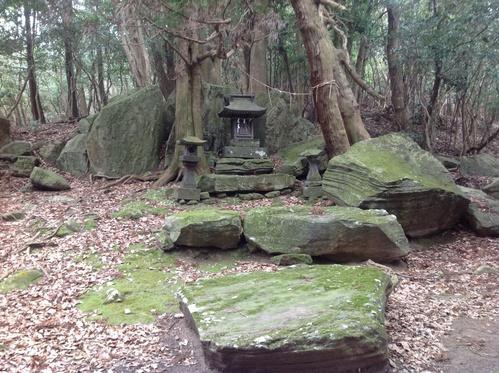 祖先たちの古代祭祀場_f0071303_22103488.jpg