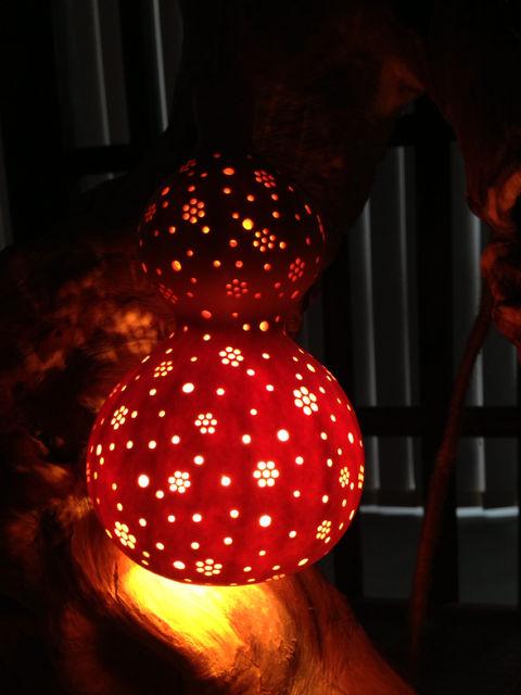 妖艶な灯り  瓢展_e0115904_342991.jpg