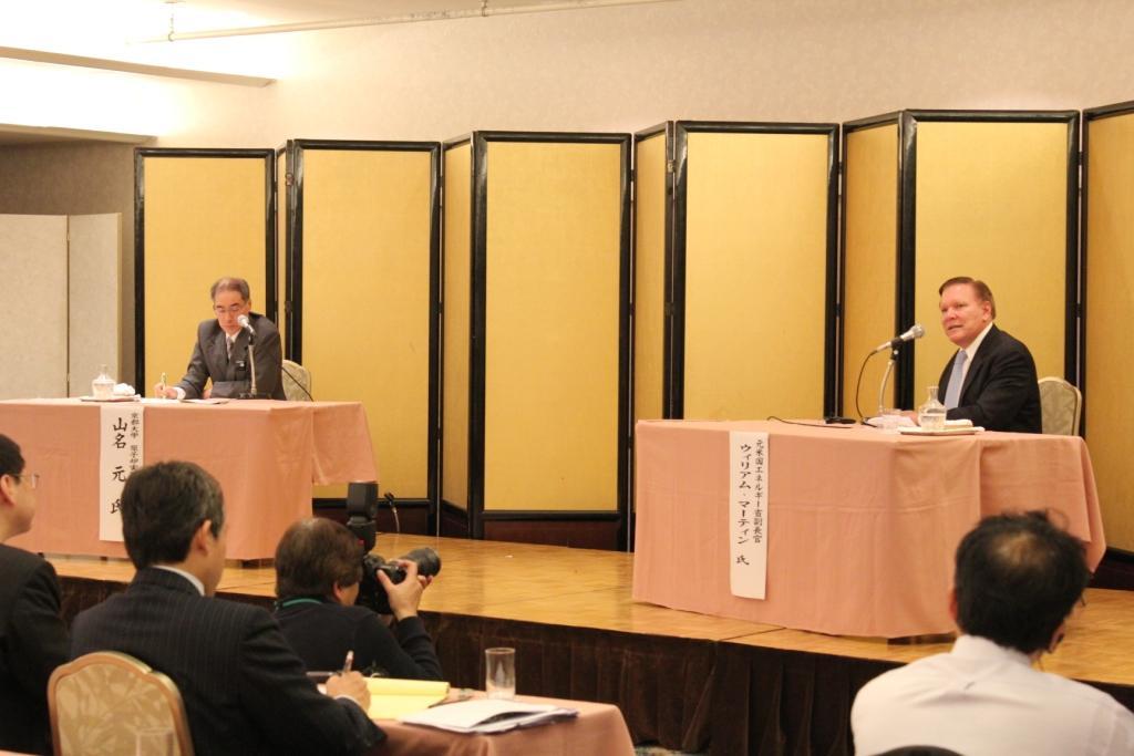 「アルルの男・ヒロシです」:米の原子力版ジャパン・ハンドラーの正体が見えた!?_e0171614_1811758.jpg