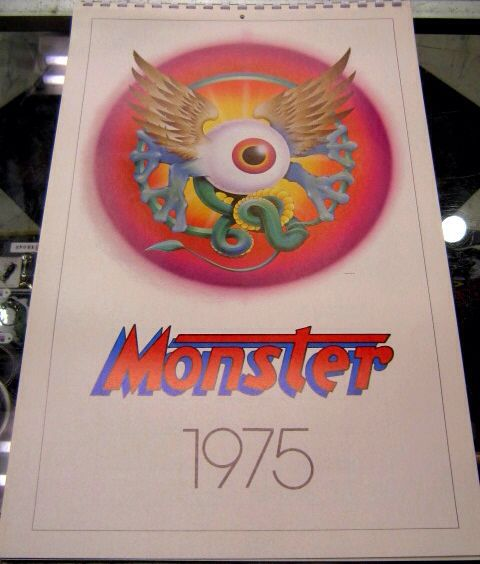 「 EAST WEST MUSICAL INSTRUMENTS CO & MONSTER CO 」_c0078333_21281756.jpg