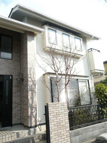 外壁・屋根の塗替えが終わりお引き渡ししました(藤沢市)_e0207151_21295222.jpg
