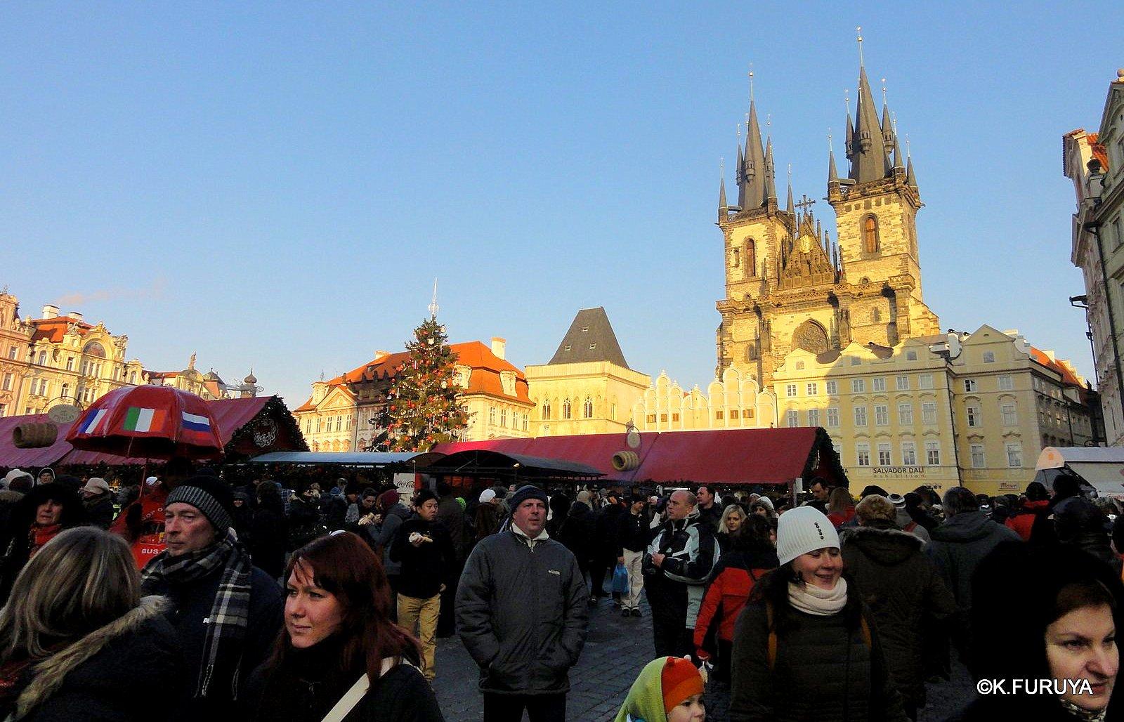 プラハ 14 旧市街広場のクリスマスマーケット_a0092659_2192117.jpg