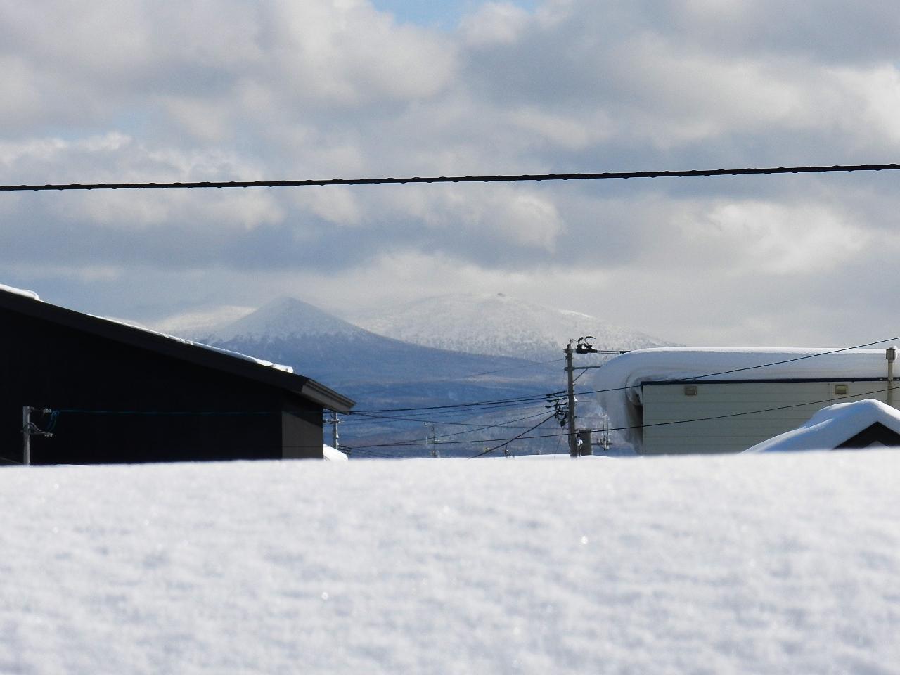 そろそろ雪も・・_d0208998_15341066.jpg